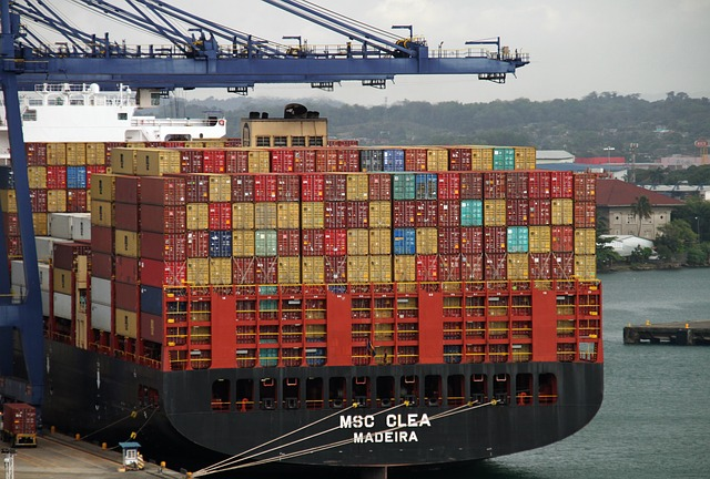 https://www.maxpixel.net/Export-Containers-Cargo-Import-Shipping-Freight-4057157